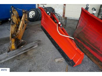 Mãhlers side plow with part plow - implemento