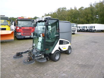 Nilfisk City Ranger CR2250 street sweeper - barredora